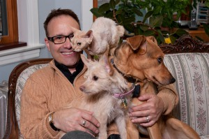 Steve Dale join Animal Cafe